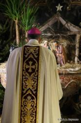 crèche de la cathédrale de Bayonne 2013 Messe de Minuit présidée par Mgr Marc Aillet